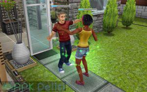 The Sims FreePlay v5.61.1 MOD APK — PARA HİLELİ 5